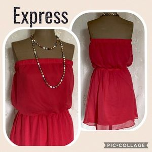 💕5 FOR $25 SALE Coral Strapless Romper by Express
